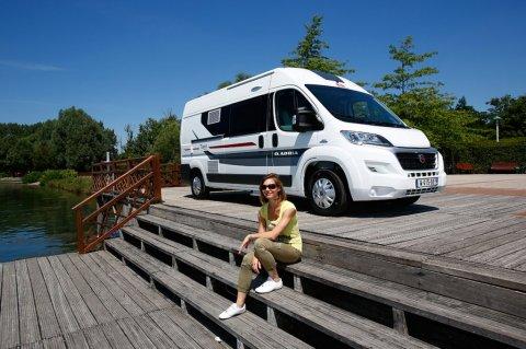 Vehicule amenage camping car occasion pas cher moto plein phare - Fourgon amenage pas cher ...