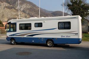 camping car a vendre moto plein phare. Black Bedroom Furniture Sets. Home Design Ideas
