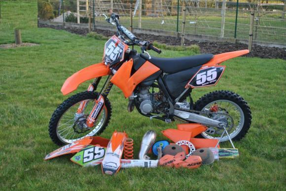 motocross 85cc a vendre moto plein phare. Black Bedroom Furniture Sets. Home Design Ideas