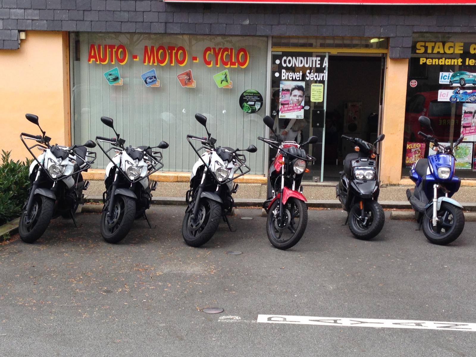moto sans permis archives page 14 of 15 moto plein phare. Black Bedroom Furniture Sets. Home Design Ideas