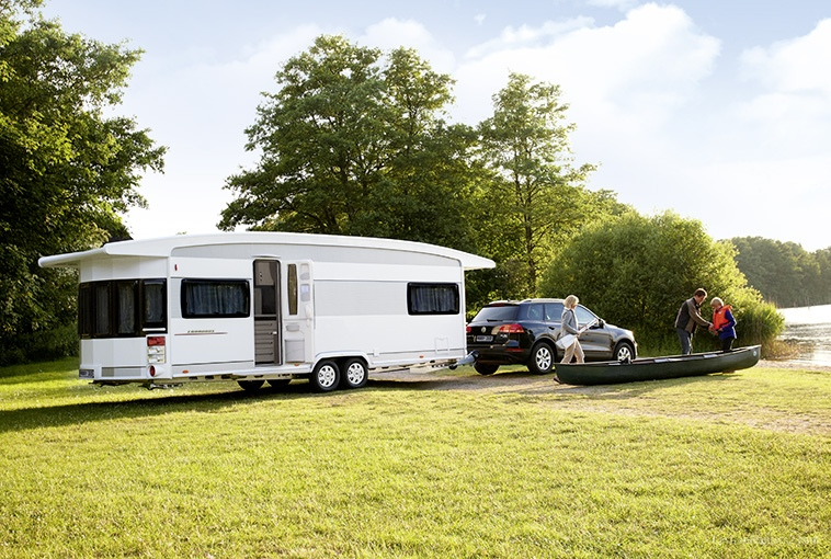 vendeur caravane hobby moto plein phare. Black Bedroom Furniture Sets. Home Design Ideas