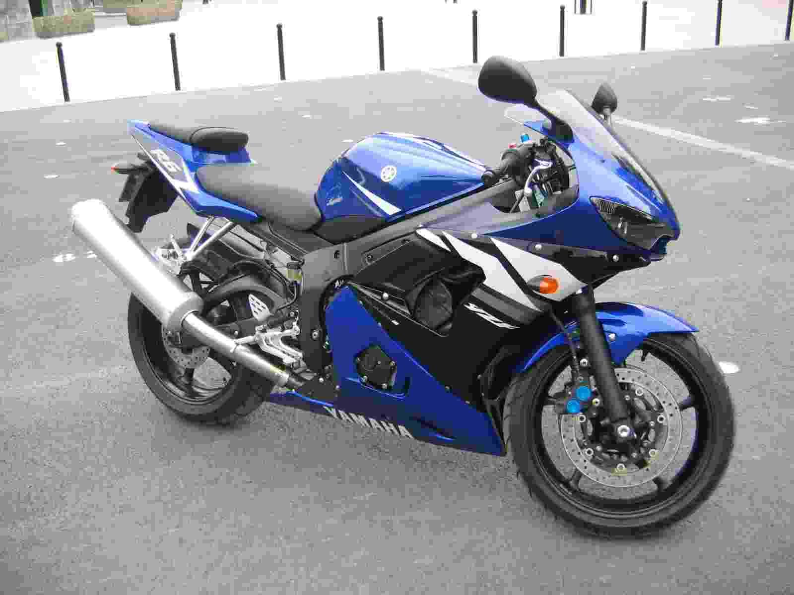 moto cross 50cc pas cher occasion moto plein phare. Black Bedroom Furniture Sets. Home Design Ideas