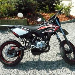 moto 50cc homologu route occasion moto plein phare. Black Bedroom Furniture Sets. Home Design Ideas
